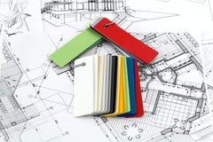 symbole, plans et plastiques à la maison Photo stock