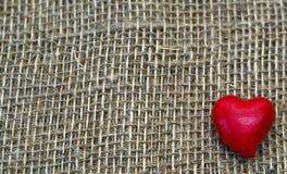 Symbole rouge de coeur de l'amour pour le jour de Valentine Photo stock
