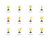 Symboler för färg för trofékopplägenhet på vit bakgrund Royaltyfri Fotografi