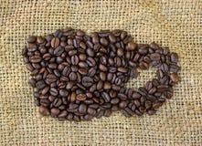 Symboler för kaffekopp som göras av kaffebönor Royaltyfri Bild