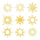 Symboler för vektor för sol för roligt klottersommarleende orange stock illustrationer