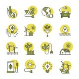 Symboler f?r ren energi gjorde i en plan stil och isolerat p? en vit bakgrund i olika f?rger royaltyfri illustrationer