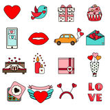 Symboler för dag för St-valentin` s Uppsättningen av den färgrika romantiker, förälskelse semestrar symboler Arkivfoto