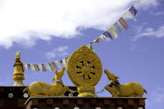 Symboles bouddhistes sur Nako Gompa Photos libres de droits