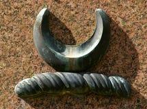 Symboles celtiques de croissant et de corde images stock