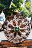 Symboles de molette de Thammachak de bouddhisme dans des temples thaïlandais. Photos libres de droits