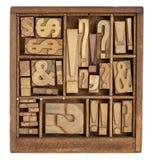 Symboles de ponctuation dans le type d'impression typographique photographie stock