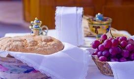 Symboles de religion : pain et vin Image libre de droits
