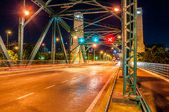 Symboles du trafic sur le pont commémoratif images libres de droits