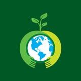 Symboles et signes écologiques, mains de l'humain et usines croissantes vertes Image libre de droits