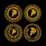 Symbolet en spartansk hjälm utfärdas av en prydnad i den grekiska stilen vektor illustrationer