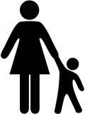 Symbolleutemamma und -kleinkind halten Hände an Stockfoto