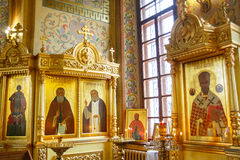 Symbolsinre av den ortodoxa kyrkan för ryss royaltyfri foto