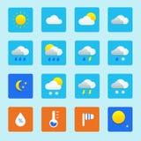 Symbolsuppsättning av vädersymboler med snö, regn, solen och moln Royaltyfri Bild