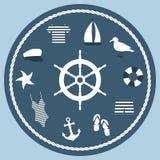 Symbolsuppsättningen i en marin- stil med en styrning rullar in mitten av sammansättningen Arkivfoton