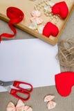 Symbool van het de dag het rode hart van Valentine ` s, romantische achtergrond, ontwerper Stock Foto's