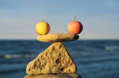 Symmetric jabłka zdjęcia royalty free
