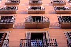 Symmetrie del balcón de Barcelona Fotos de archivo libres de regalías