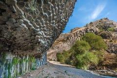 Symphonie des colonnes de basalte de pierres, gorge de Garni, Arménie photographie stock libre de droits