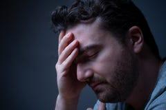 Symptôme de perte de mémoire dû à la démence ou au dommage au cerveau photos stock