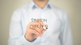 Symptom-Kontrolleur, Mann-Schreiben auf transparentem Schirm stockfoto