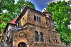 Synagoge en Prag HDR foto de archivo