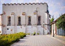 Synagogue juive dans Szydlow, Pologne Image stock