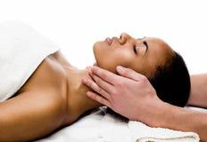 Ansikts- massage royaltyfria bilder