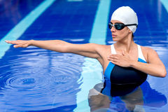 Synchronized female swimmer Royalty Free Stock Images