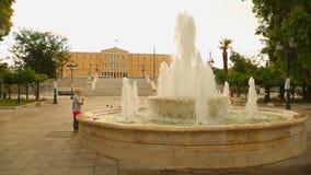 Syntagmen quadrieren vor dem griechischen Parlament, Athen-Kultur und Tourismusmitte stock footage