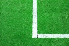 Syntetiskt fotboll eller Footbal fält Royaltyfri Fotografi
