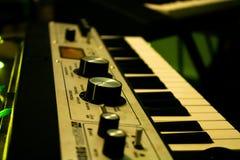 Syntetyzuje muzykę zdjęcia stock