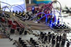 Synthétiseur modulaire, plan rapproché analogue de synth photos libres de droits