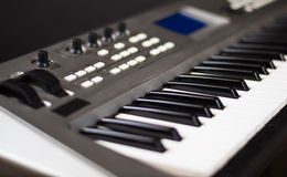 Synthesizertoetsenbord Stock Afbeeldingen