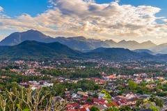 Synvinkel och härligt landskap i luangprabang, Laos Arkivbilder