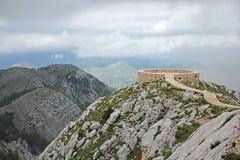 Synvinkelplattform på det Lovcen berget Arkivbilder