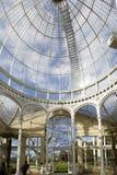 Syon伟大的音乐学院玻璃圆顶内部在豪恩斯洛, 免版税库存照片
