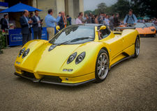 Syon公园,伦敦沙龙Prive超级体育汽车展示Ferarri, Zonda, BMW,弯, Bugatti,制表人,莲花,阿尔法 免版税库存图片