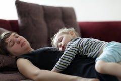 Sypialna matka i dziecko Zdjęcia Stock