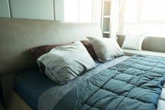 Sypialni wnętrzy pojęcie Nowożytny sypialnia styl w domu zdjęcie royalty free