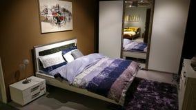 Sypialnia meblarski nowożytny projekt Zdjęcie Royalty Free