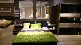 Sypialnia meblarski nowożytny projekt Obraz Stock