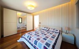 sypialnia nowożytna Zdjęcie Royalty Free