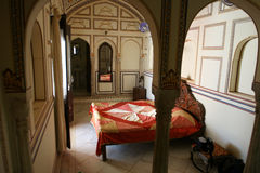 Sypialnia w pałac hotelu Fotografia Royalty Free
