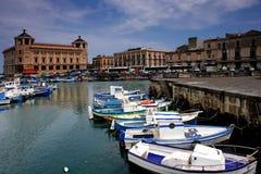 Syrakus-Hafen stockbild