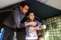 SYRIA-WAR-CHILD-VICTIM-REFUGEE Stockfotos