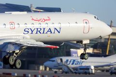 Syriansk landning för luftTupolev Tu-134 på Vnukovo den internationella flygplatsen Arkivbild