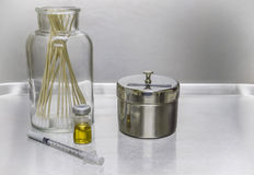 Syringe, vial, cotton swabsl Royalty Free Stock Photography