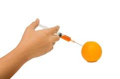 Syringing к апельсину Стоковые Изображения RF
