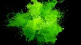 Syrlig bristning för grön färg - färgrik matte för alfabetisk för partiklar för rökexplosionvätska royaltyfri illustrationer